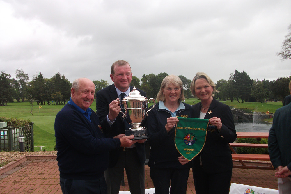 The link with 1972 win Eamonn Buggy and 2000 win Cait Cooney with Captains Tony and Olive