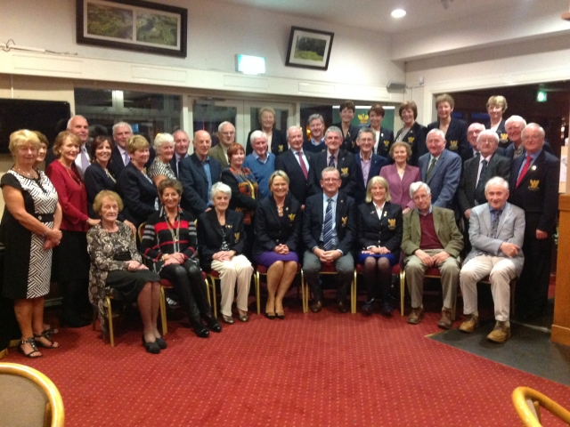 Group at the 2017 Past Captains/Presidents dinner hosted by Captains Olive and Tony